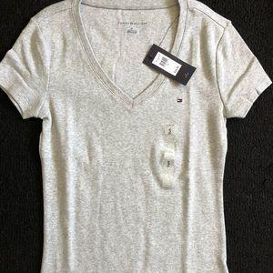 Tommy Hilfiger grey t-shirt